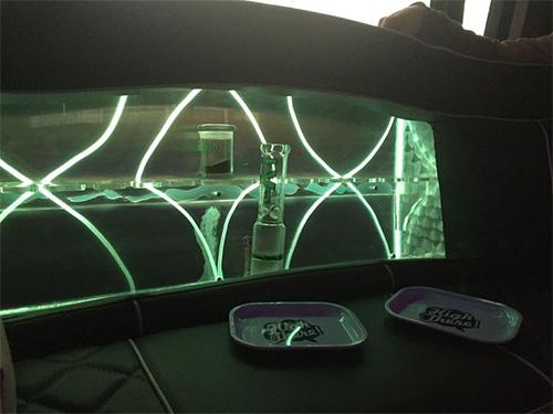 Hopper 420 dating hotbox bus