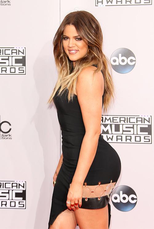 khloe kardashian hook up